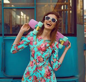 Inspiracion deco flores mujer vestido estampado de flores